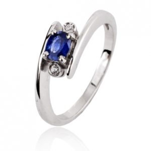 ar-bague-saphir-bleu-en-or-blanc-diamant-coralie-11662